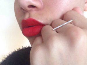 Bouche rouge, Envy Rouge, Estée Lauder X Violette