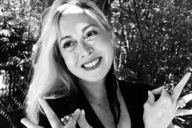 Karine Kleb Yoga chamane lithotérapie holistique méditation